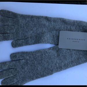 NWT Zara Knit Gloves